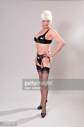 Блондинка в чулках фото с россии фото 339-446