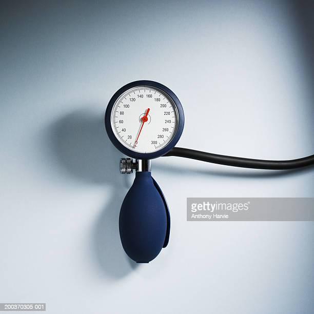Blood pressure gauge with tube