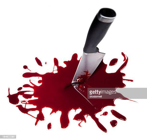 Bloody Küchenmesser auf Weiß