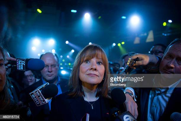 Bloomberg's Best Photos 2014 Bloomberg Photo Service 'Best of the Week' Mary Barra incoming chief executive officer of General Motors Co speaks to...