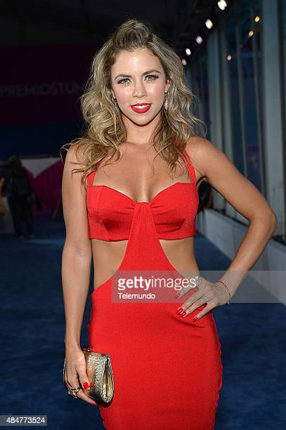 Ximena Duque arrives at the 2015 Premios Tu Mundo from the American Airlines Arena in Miami Florida on August 20 2015 PREMIOS TU MUNDO 2015 Alfombra...