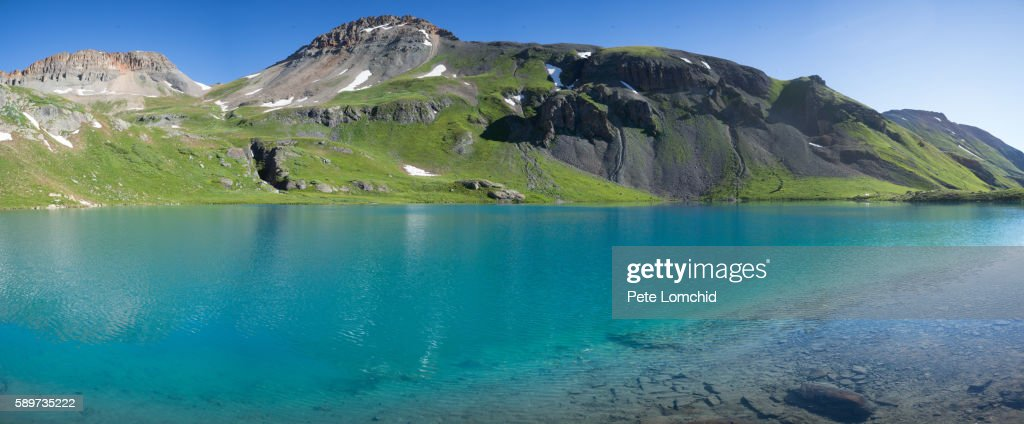 blue color lake