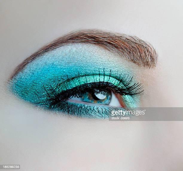 macro di occhio blu