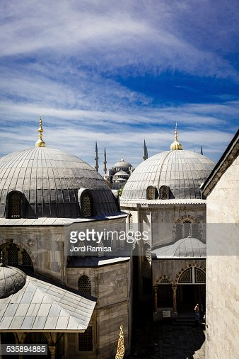 Blue mosque from hagia sophia : Bildbanksbilder