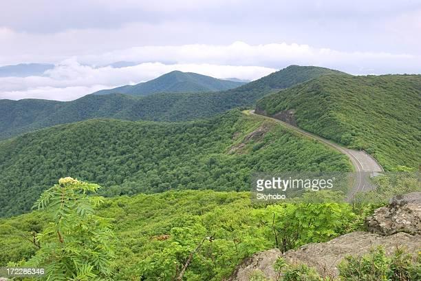 Catena montuosa del blue ridge foto e immagini stock for Cabine sospese di rock state park nc