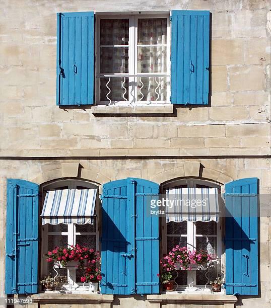 Volets bleu