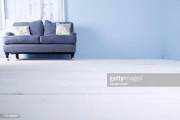 ブルーのソファー、ウィンドウ