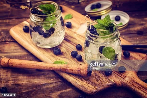 Blaubeer-Mojito wie Frische Sommer-Drinks