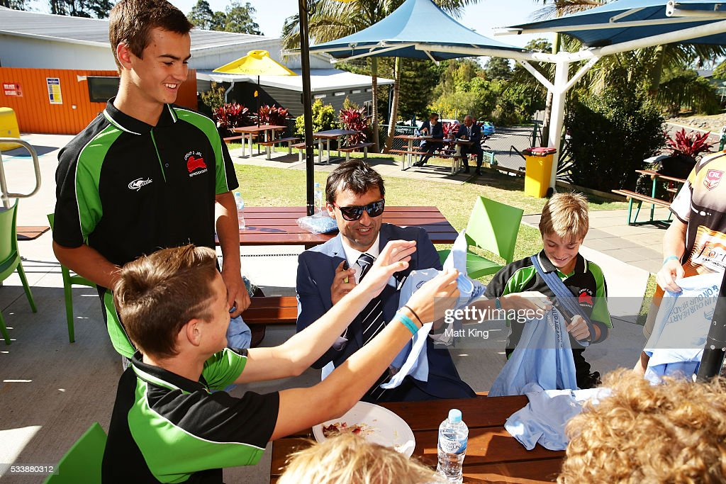 Blues head coach Laurey Daley signs autographs for young rugby league players during a New South Wales Blues NRL State of Origin Welcome Session at The Big Banana on May 24, 2016 in Coffs Harbour, Australia.