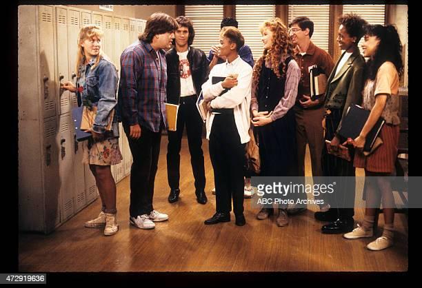 CLASS 'Blunden in Love' Airdate October 25 1989 LR KRISTINE BLACKBURNDAN SCHNEIDERBRIAN ROBBINSMICHAEL DELORENZOROBIN GIVENSKHRYSTYNE HAJEDAN...