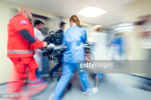 Verschwommene Notfall in Krankenhaus