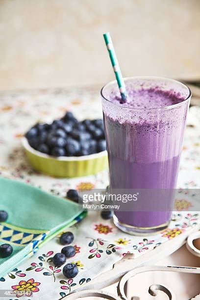 Bluwberry smoothie with blueberries