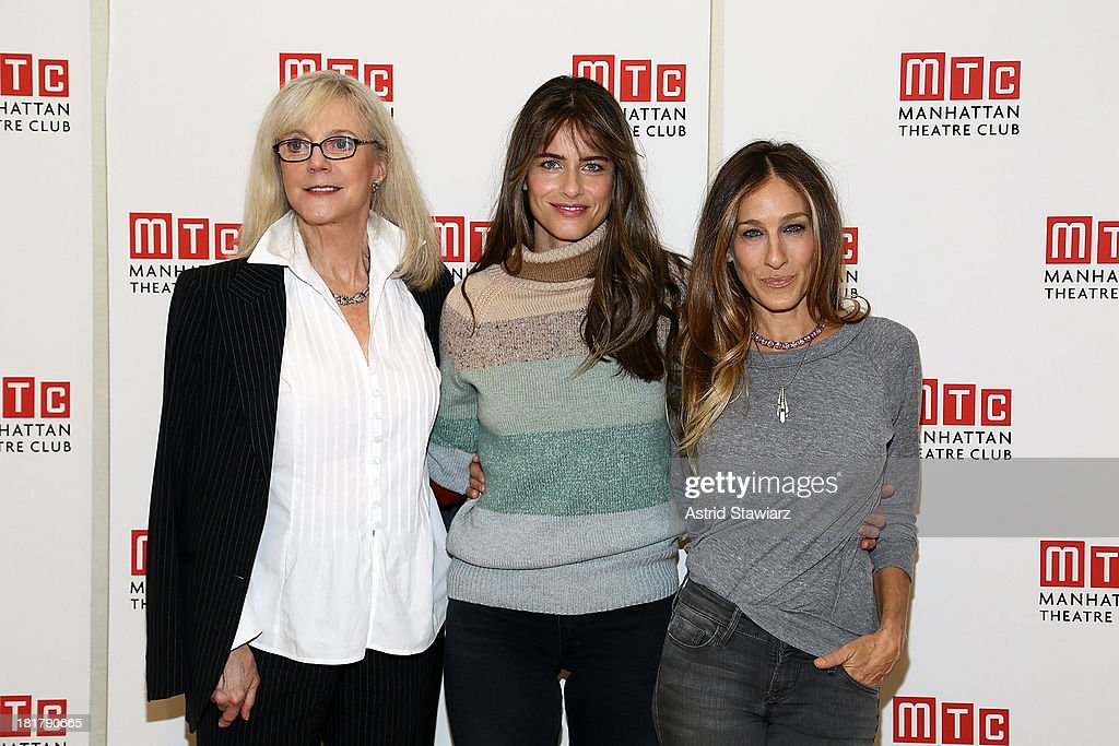 Blythe Danner, Amanda Peet and Sarah Jessica Parker attend 'The Commons Of Pensacola' Off Broadway cast photo call at Manhattan Theatre Club Rehearsal Studios on September 25, 2013 in New York City.