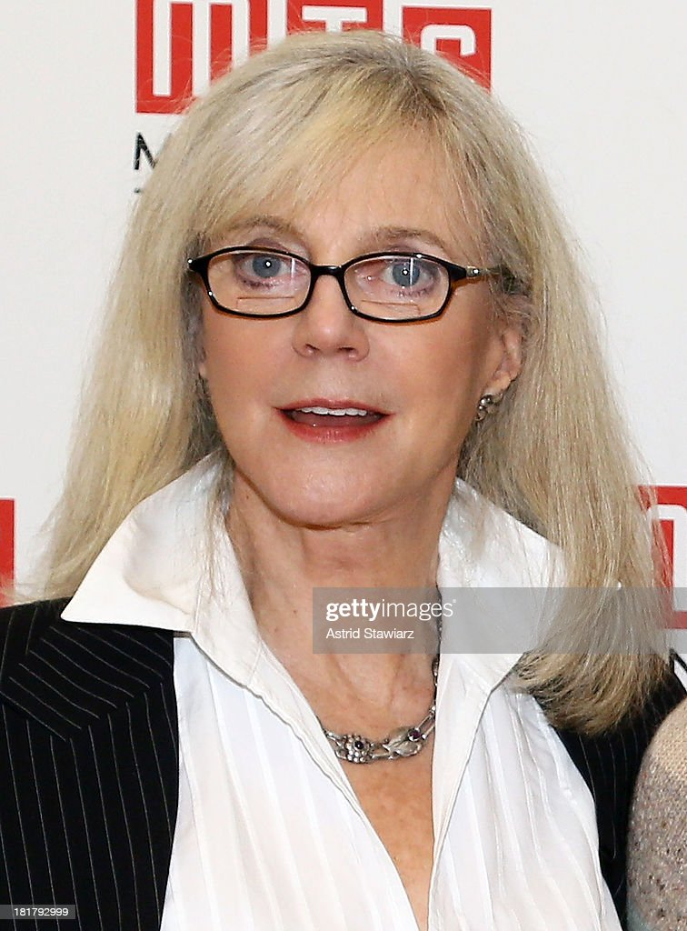 <a gi-track='captionPersonalityLinkClicked' href=/galleries/search?phrase=Blythe+Danner&family=editorial&specificpeople=171210 ng-click='$event.stopPropagation()'>Blythe Danner</a> attends 'The Commons Of Pensacola' Off Broadway cast photo call at Manhattan Theatre Club Rehearsal Studios on September 25, 2013 in New York City.
