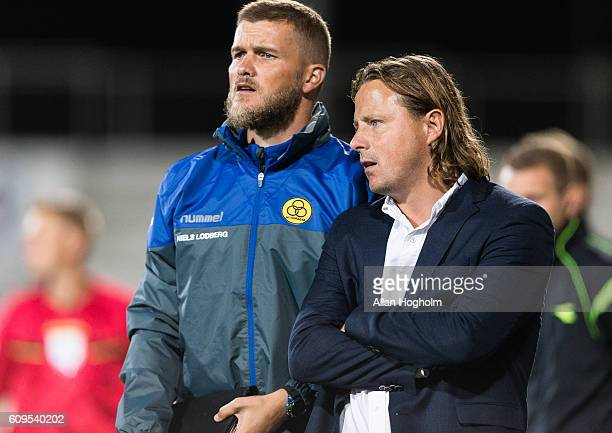 Bo Henriksen head coach of AC Horsens and Niels Lodberg assistant coach of AC Horsens during the Danish Alka Superliga match between AC Horsens and...