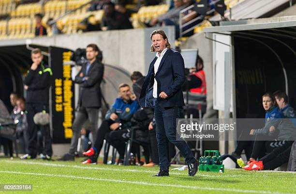 Bo Henriksen head coach of AC Horsens in action during the Danish Alka Superliga match between AC Horsens and FC Nordsjalland at CASA Arena Horsens...