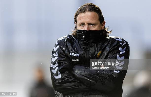 Bo Henriksen head coach of AC Horsens in action during the Danish Alka Superliga match between AC Horsens and FC Midtjylland at CASA Arena Horsens on...