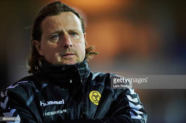 Bo Henriksen head coach of AC Horsens looks dejected during the Danish Alka Superliga match between Randers FC and AC Horsens at BioNutria Park on...