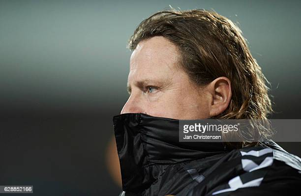 Bo Henriksen head coach of AC Horsens looks on during the Danish Alka Superliga match between AC Horsens and AaB Aalborg at Casa Arena Horsens on...