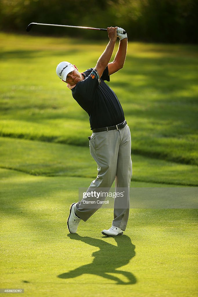 <a gi-track='captionPersonalityLinkClicked' href=/galleries/search?phrase=Bo+Van+Pelt&family=editorial&specificpeople=228036 ng-click='$event.stopPropagation()'>Bo Van Pelt</a> plays his second shot on the 17th hole during the first round of The Barclays at The Ridgewood Country Club on August 21, 2014 in Paramus, New Jersey.
