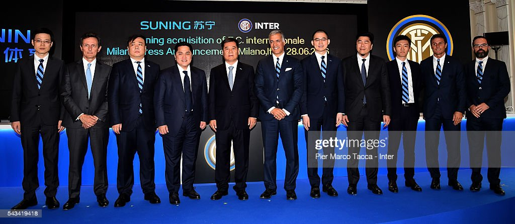 Board Manager of FC Internazionale Ren Jun, President of FC Internazionale <a gi-track='captionPersonalityLinkClicked' href=/galleries/search?phrase=Erick+Thohir&family=editorial&specificpeople=9531719 ng-click='$event.stopPropagation()'>Erick Thohir</a>, Chairman of Suning Holdings Group Zhang Jindong, Boardd Manager of FC Internazionale Michael Bolingbroke, CEO of FC Internazionale Yang Yang and <a gi-track='captionPersonalityLinkClicked' href=/galleries/search?phrase=Javier+Zanetti&family=editorial&specificpeople=206966 ng-click='$event.stopPropagation()'>Javier Zanetti</a> pose during FC Internazionale Shareholder's Meeting on June 28, 2016 in Milan, Italy.