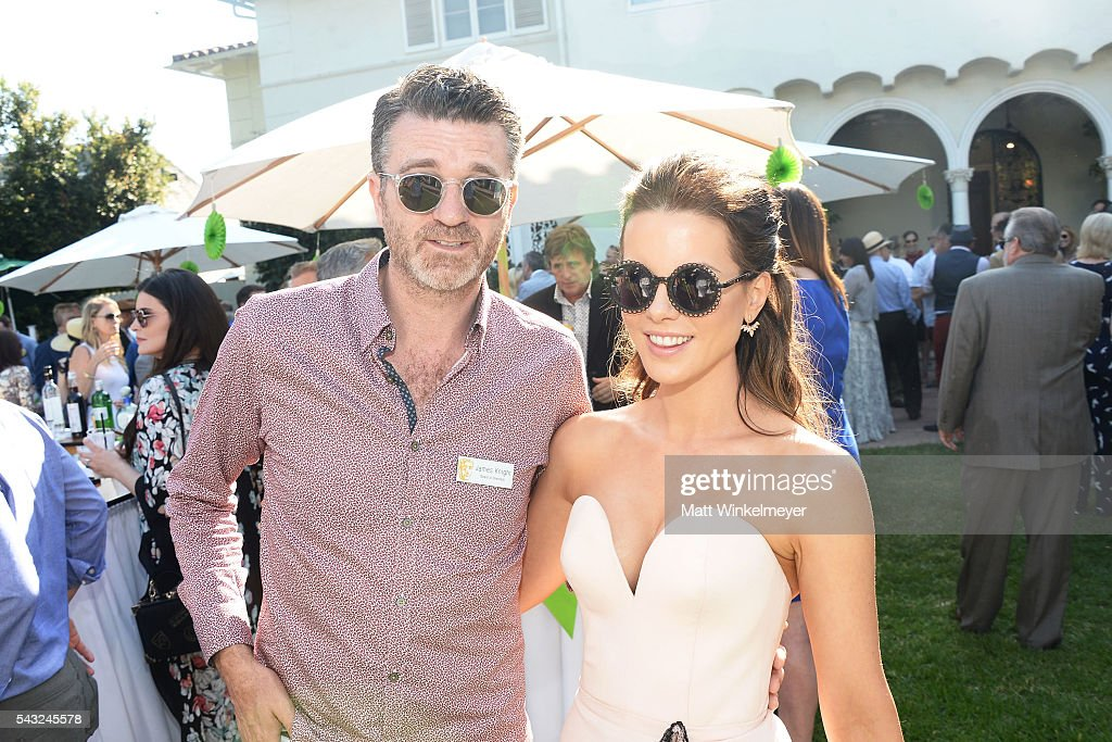 Board Member James Knight (L) and actress <a gi-track='captionPersonalityLinkClicked' href=/galleries/search?phrase=Kate+Beckinsale&family=editorial&specificpeople=202911 ng-click='$event.stopPropagation()'>Kate Beckinsale</a> attend the BAFTA LA Garden Party on June 26, 2016 in Los Angeles, California.