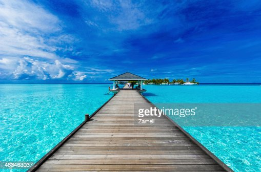 Boardwalk to paradise : Stock Photo