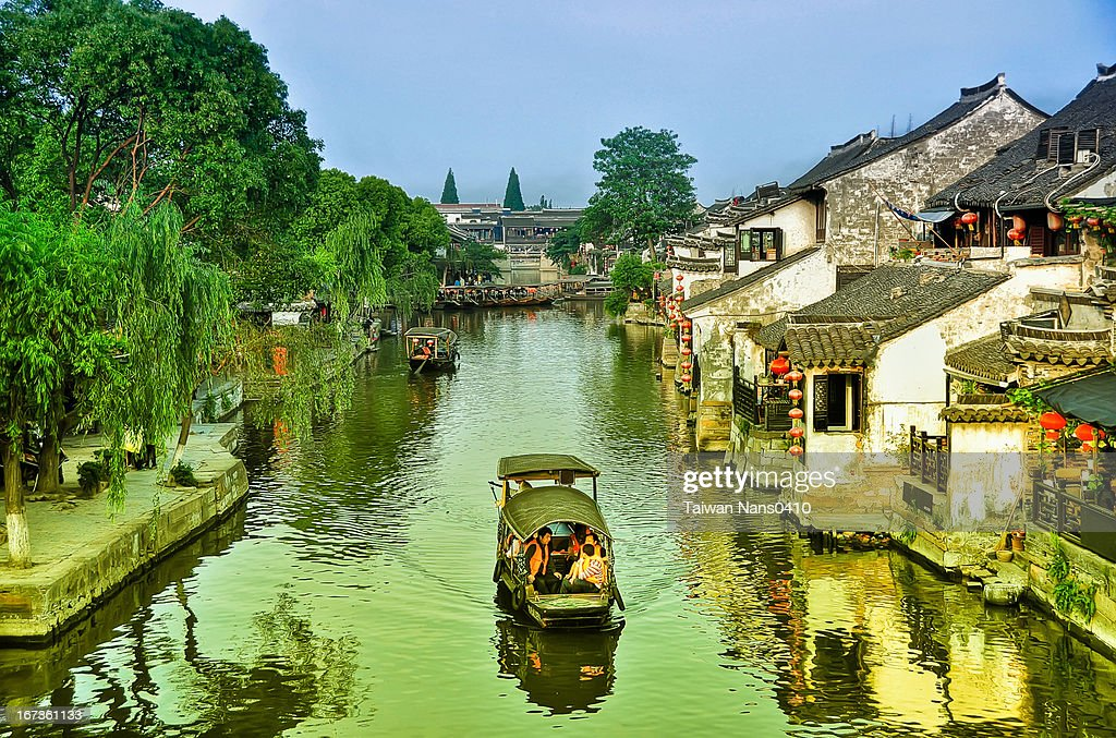 Boat dwellers in Suzhou