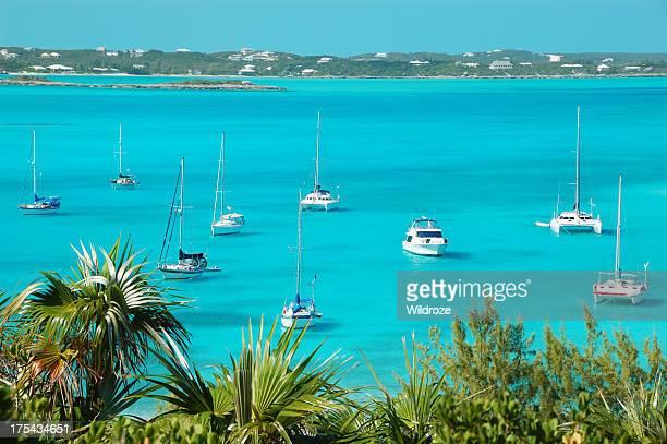 Boote vor Anker liegen, Stocking Island, Bahamas