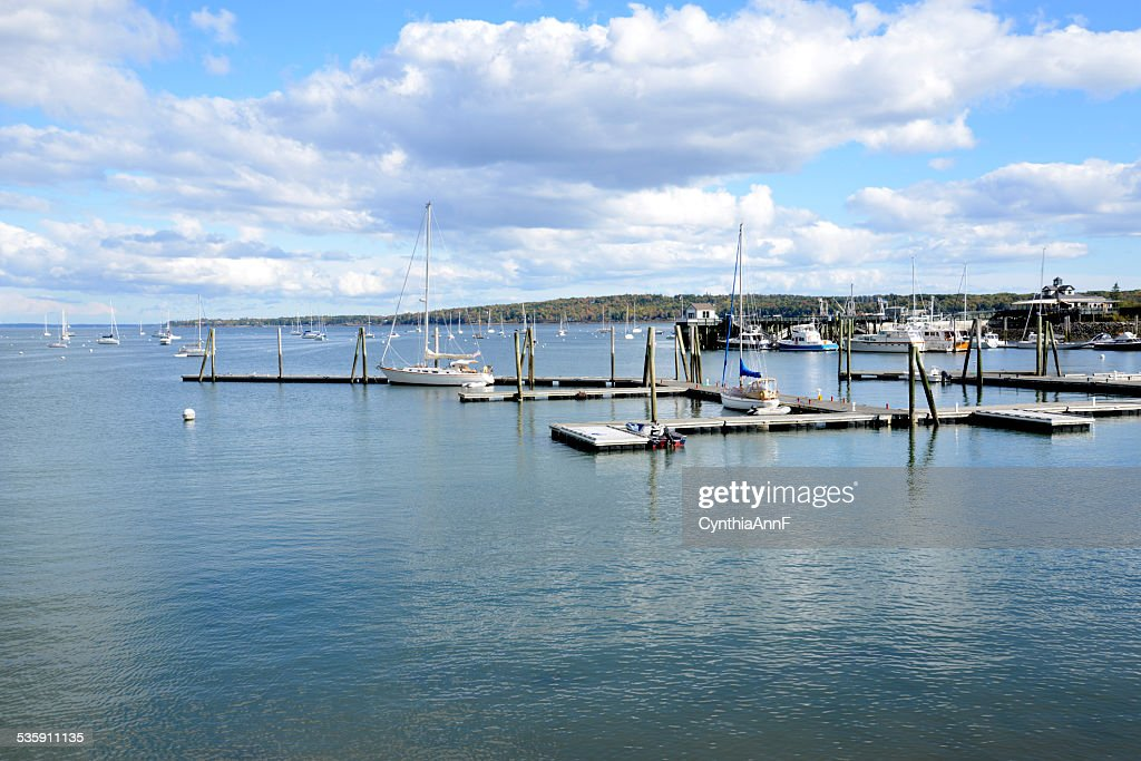 Barcos no porto de Rockland no Maine : Foto de stock