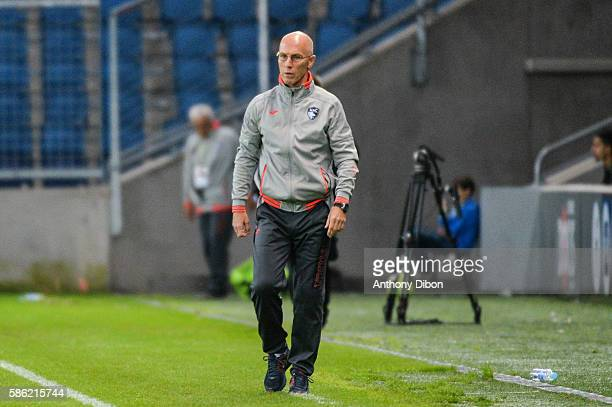 Bob Bradley coach of Le Havre during the Ligue 2 match between Le Havre AC and Nimes Olympique on August 4 2016 in Le Havre France