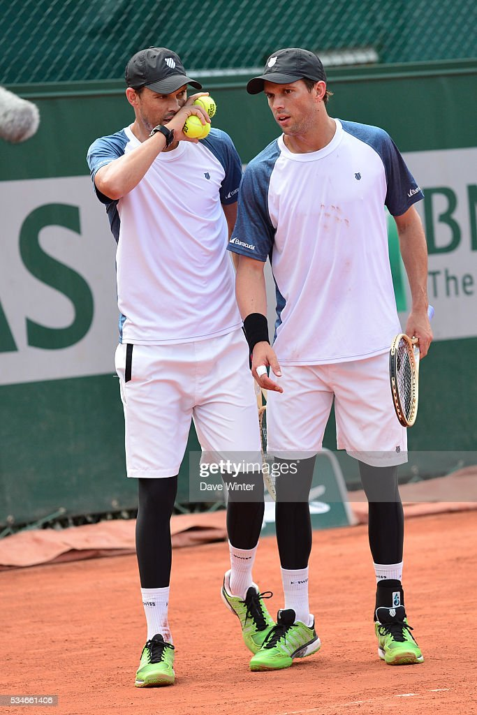 Bob Bryan and Mike Bryan during the Men's Doubles third round on day six of the French Open 2016 at Roland Garros on May 27, 2016 in Paris, France.