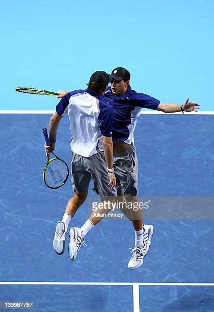 Bob Bryan of USA and Mike Bryan of USA play celebrate winning the men's doubles match against Robert Lindstedt of Sweden and Horia Tecau of Romania...