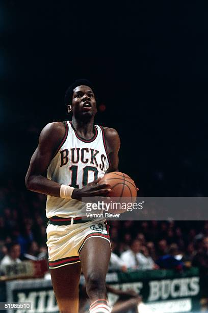 Bob Dandridge of the Milwaukee Bucks takes the ball to the basket during the 1971 season at the MECCA Arena in Milwaukee Wisconsin NOTE TO USER User...