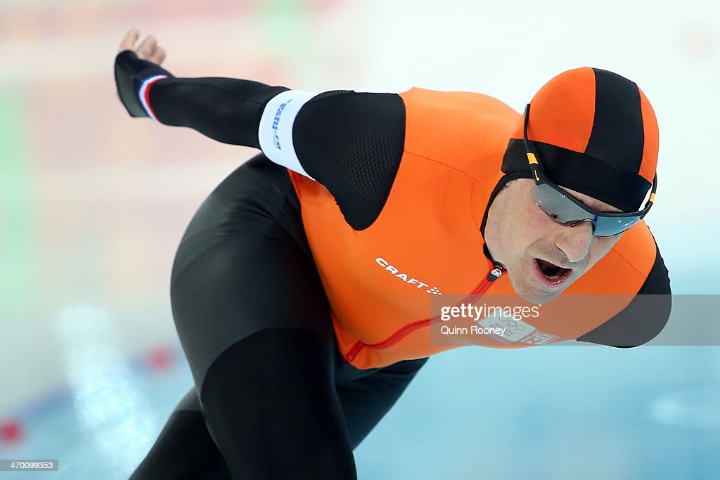 <a gi-track='captionPersonalityLinkClicked' href=/galleries/search?phrase=Bob+de+Jong&family=editorial&specificpeople=822252 ng-click='$event.stopPropagation()'>Bob de Jong</a> of the Netherlands competes during the Men's 10000m Speed Skating event on day eleven of the Sochi 2014 Winter Olympics at Adler Arena Skating Center on February 18, 2014 in Sochi, Russia.