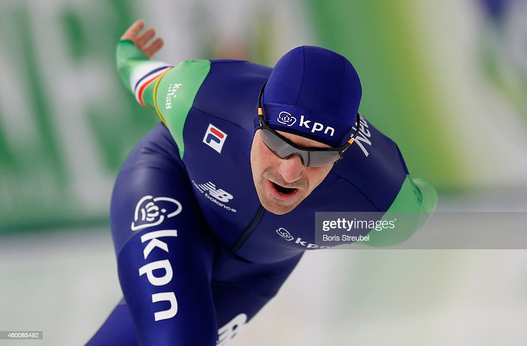 <a gi-track='captionPersonalityLinkClicked' href=/galleries/search?phrase=Bob+de+Jong&family=editorial&specificpeople=822252 ng-click='$event.stopPropagation()'>Bob de Jong</a> of the Netherlands competes in the men's 5000m Division A race during day two of the Essent ISU World Cup Speed Skating on December 6, 2014 in Berlin, Germany.