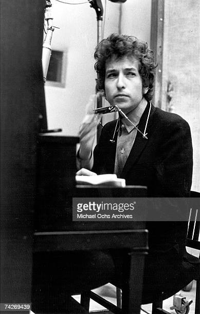 Bob Dylan takes a break during the recording of the album 'Highway 61 Revisited' in Columbia's Studio A in the summer of 1965 in New York City New...