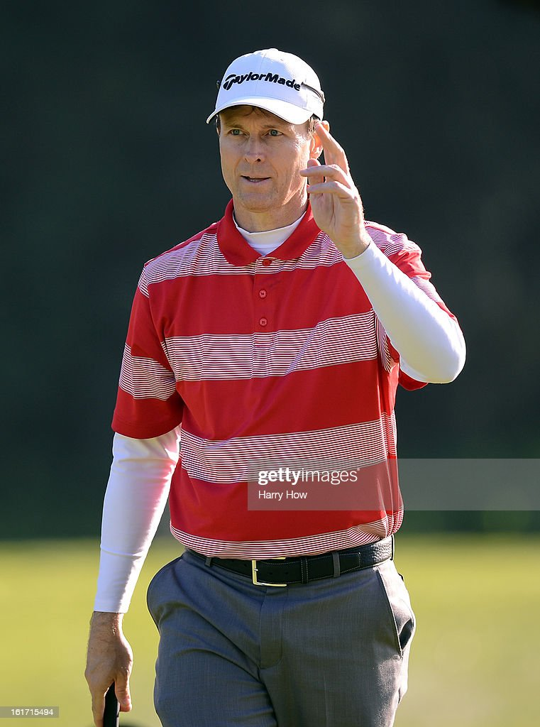 <a gi-track='captionPersonalityLinkClicked' href=/galleries/search?phrase=Bob+Estes&family=editorial&specificpeople=184561 ng-click='$event.stopPropagation()'>Bob Estes</a> reacts to his birdie on the eighth green during the first round of the Northern Trust Open at the Riviera Country Club on February 14, 2013 in Pacific Palisades, California.