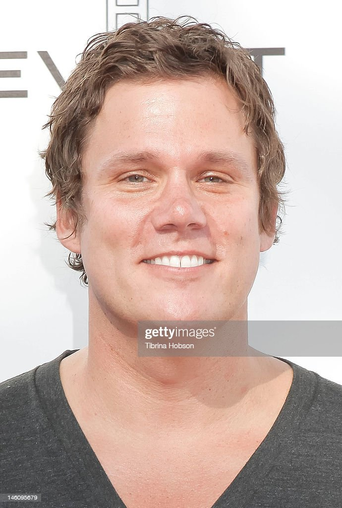 Bob Guiney attends 1st annual T.H.E. event hosted by Chris Harrison and The Band From TV at Calabasas Tennis and Swim Center on June 9, 2012 in Calabasas, California.