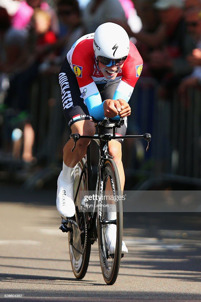 Bob Jungels of Luxembourg and Etixx-QuickStep in action on stage one of the 2016 Giro, a 9.8km individual time-trial through Apeldoorn on May 06, 2016 in Apeldoorn, Netherlands.