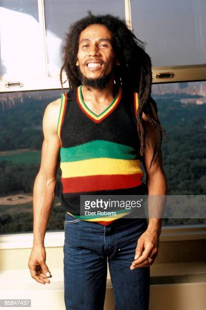 Photo of Bob MARLEY Posed portrait of Bob Marley