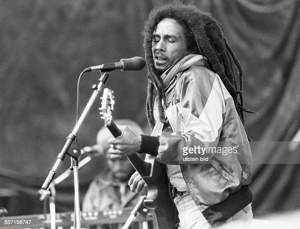 Bob MarleyBob Marley Musiker Sänger Reggae Jamaika Auftritt bei einem RockFestival in München 1981