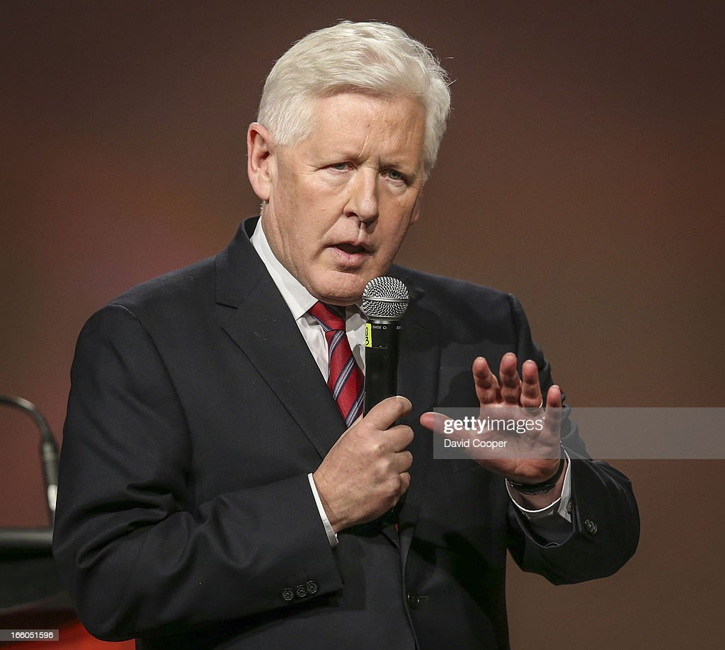 Bob Rae speaks during the federal Liberal showcase at the Metro Toronto Convention Centre.