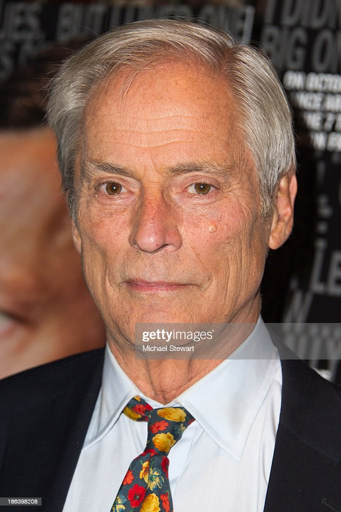 <a gi-track='captionPersonalityLinkClicked' href=/galleries/search?phrase=Bob+Simon&family=editorial&specificpeople=1364961 ng-click='$event.stopPropagation()'>Bob Simon</a> attends 'The Armstrong Lie' New York premiere at Tribeca Grand Hotel on October 30, 2013 in New York City.