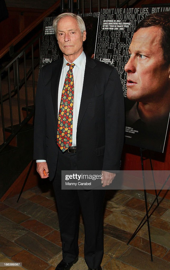 <a gi-track='captionPersonalityLinkClicked' href=/galleries/search?phrase=Bob+Simon&family=editorial&specificpeople=1364961 ng-click='$event.stopPropagation()'>Bob Simon</a> attends 'The Armstrong Lie' premiere at the Tribeca Grand Hotel on October 30, 2013 in New York City.