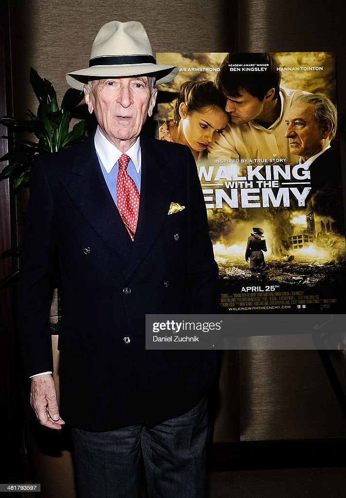 Bob Simon attends the 'Walking With The Enemy' screening at Dolby 88 Theater on March 31, 2014 in New York City.