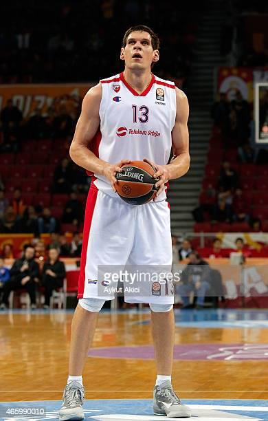 Boban Marjanovic #13 of Crvena Zvezda Telekom Belgrade in action during the Turkish Airlines Euroleague Basketball Top 16 Date 10 game between...