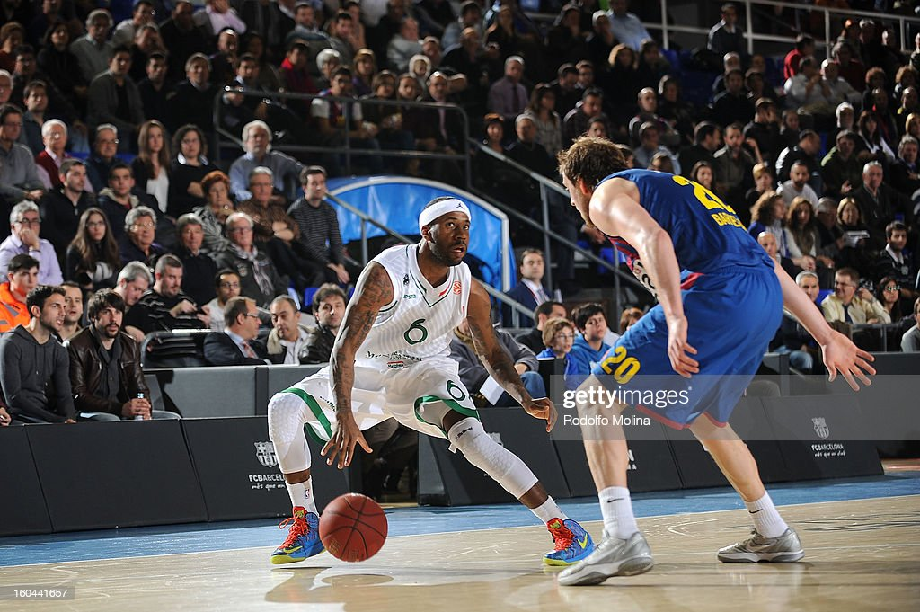 Bobby Brown, #6 of Montepaschi Siena in action during the 2012-2013 Turkish Airlines Euroleague Top 16 Date 6 between FC Barcelona Regal v Montepaschi Siena at Palau Blaugrana on January 31, 2013 in Barcelona, Spain.
