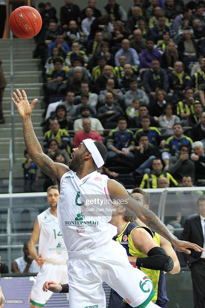 Bobby Brown #6 of Montepaschi Siena in action during the 2012-2013 Turkish Airlines Euroleague Top 16 Date 2 between Fenerbahce Ulker Istanbul v Montepaschi Siena at Fenerbahce Ulker Sports Arena on January 4, 2013 in Istanbul, Turkey.