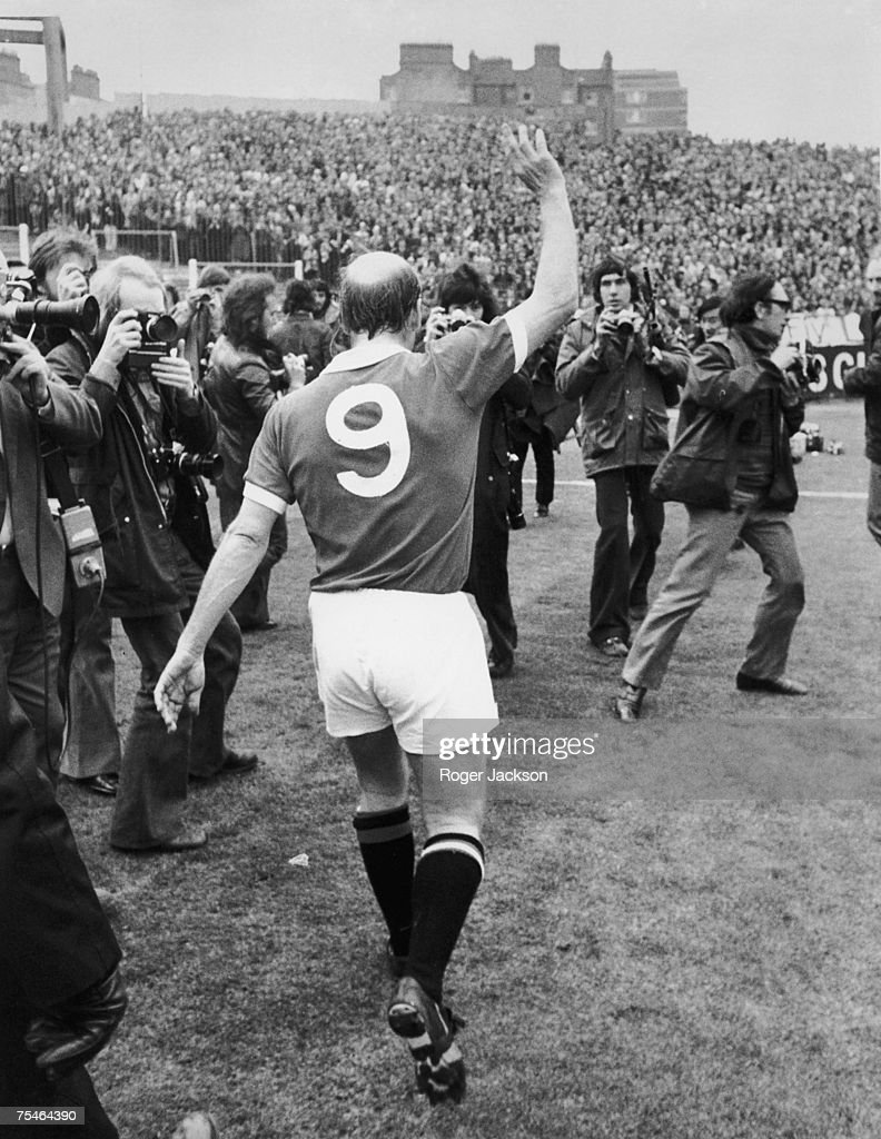 Bobby Charlton waves to the crowd at Stamford Bridge after making his 751st and last appearance for Manchester United before becoming playermanager...